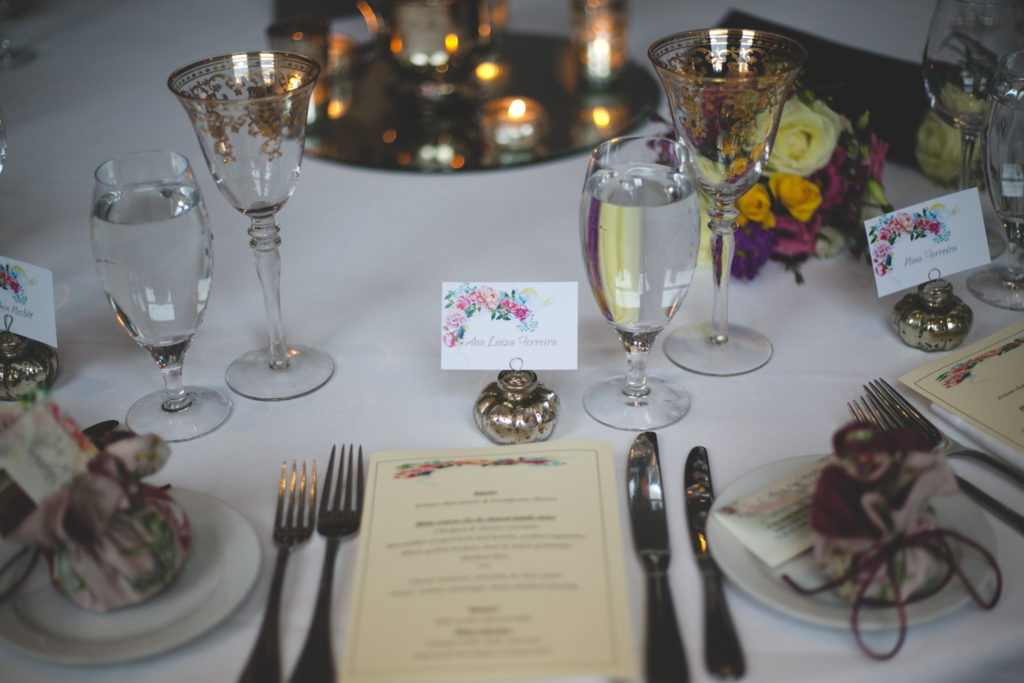 Gorgeous gold and floral table setting