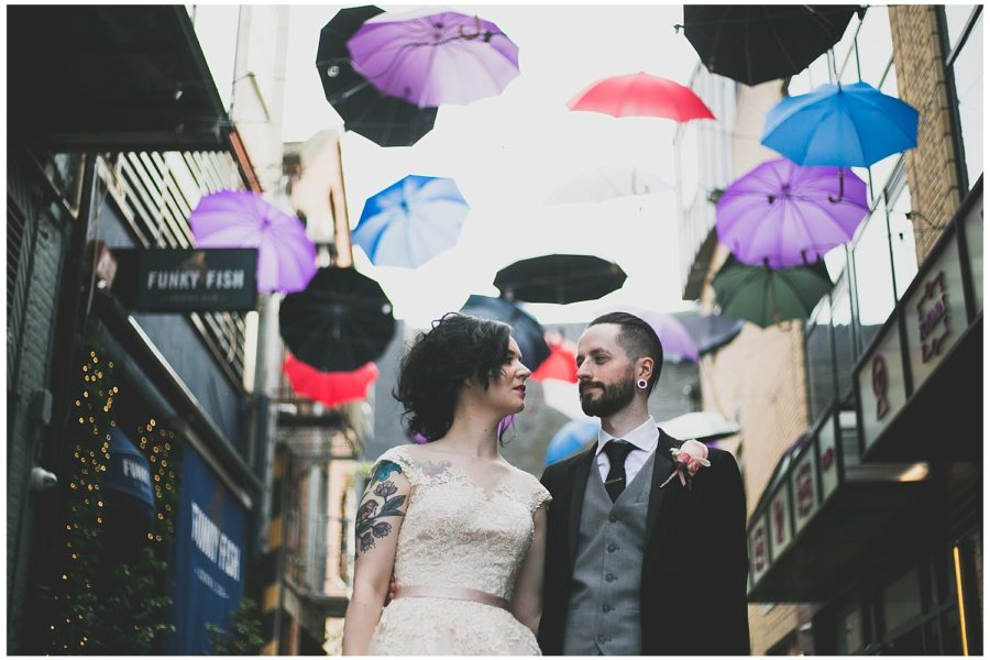 Clare & Keith's Awesome Dublin City Hall Wedding