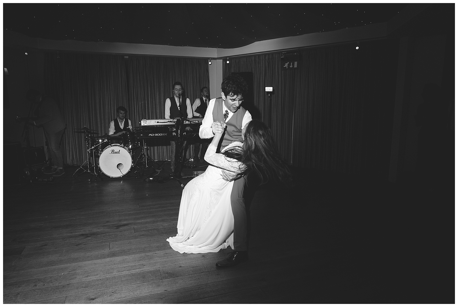 Black & white first dance shot