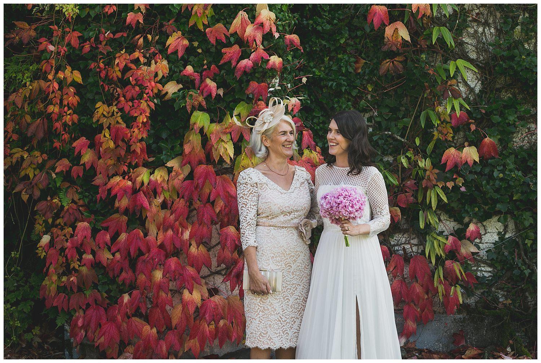 candid style wedding portraits