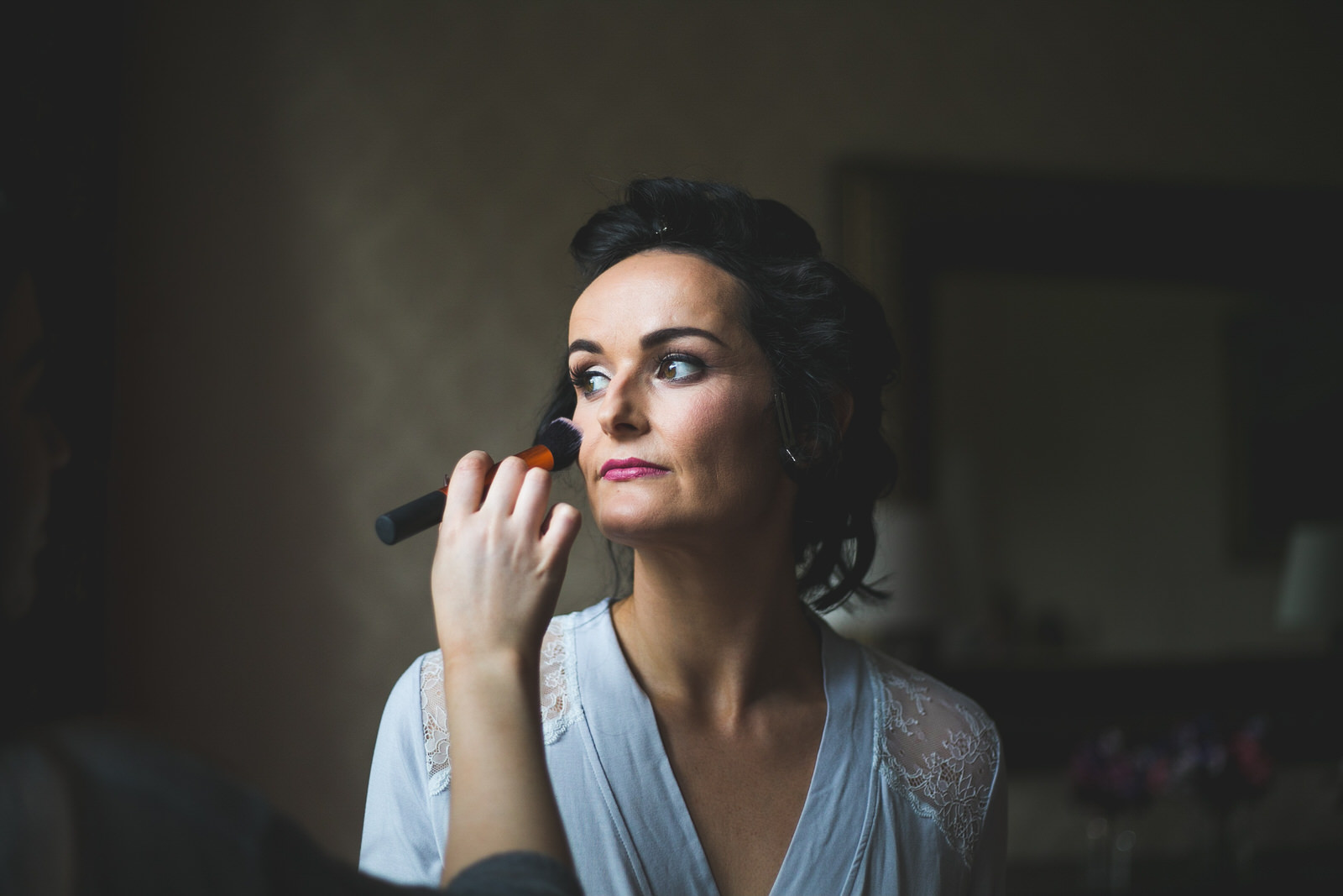 Bridal morning make-up with Artistry by Em