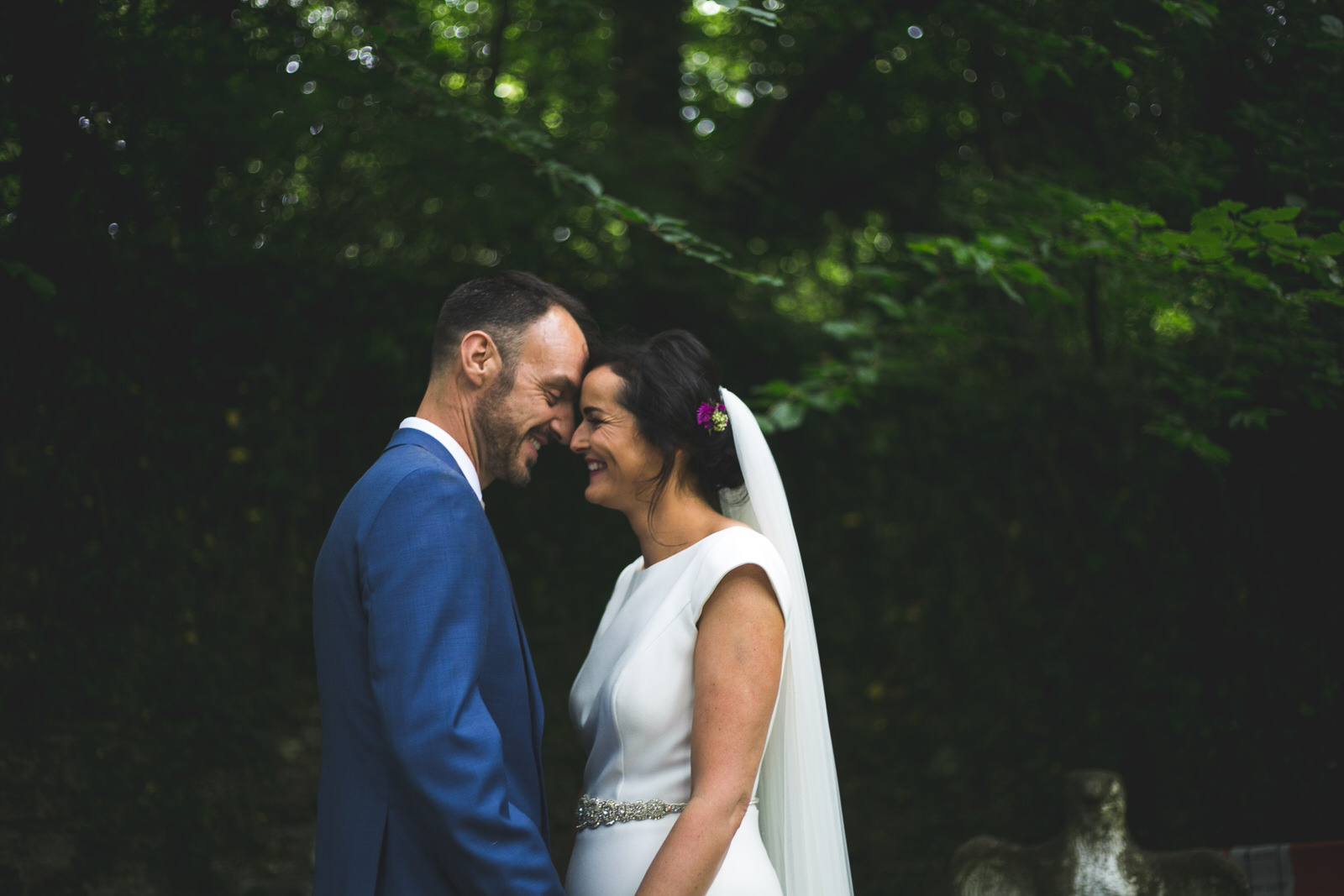 Boyne Hill House wedding venue - portraits in the secret garden
