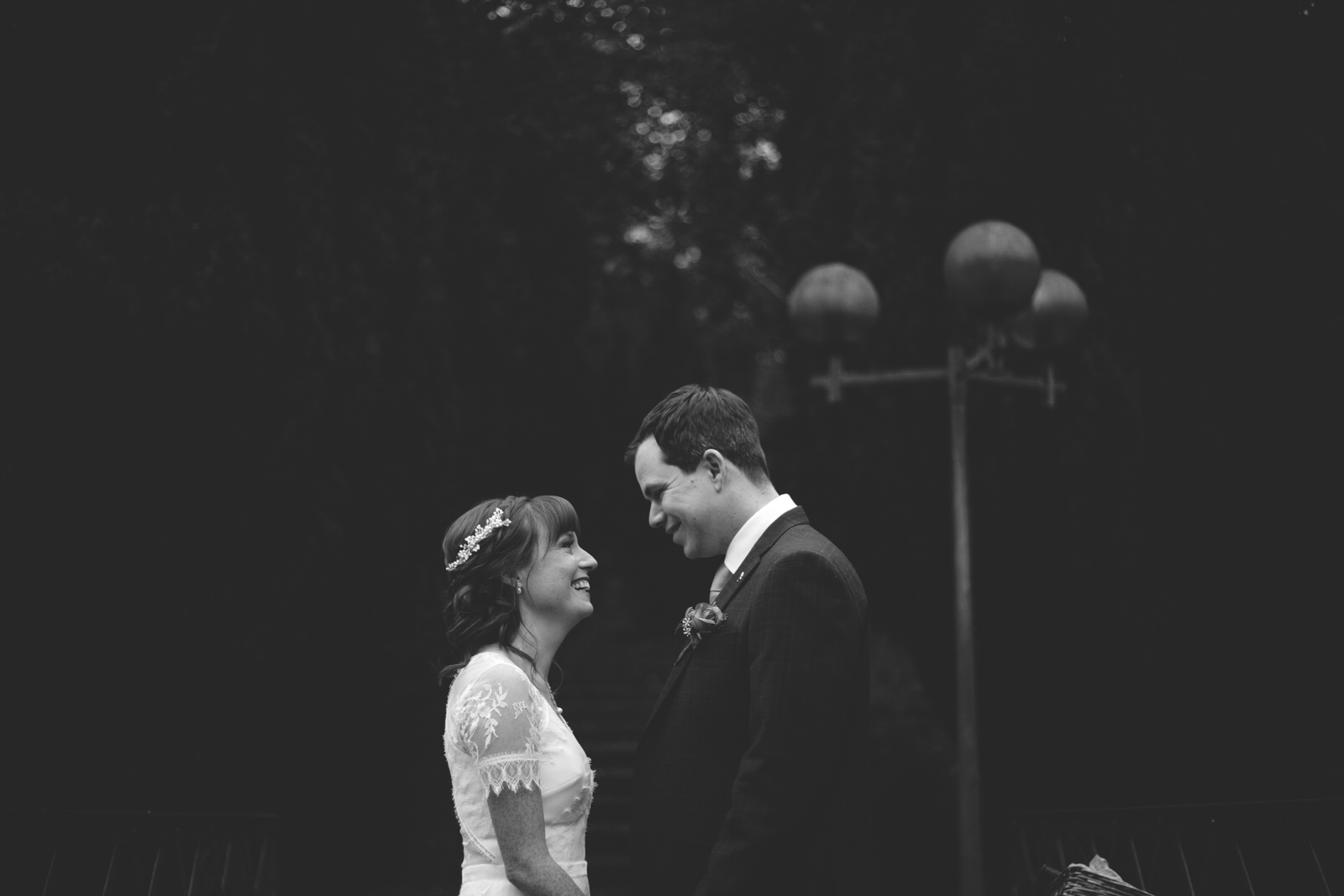 black and white wedding photography at Boyne Hill House