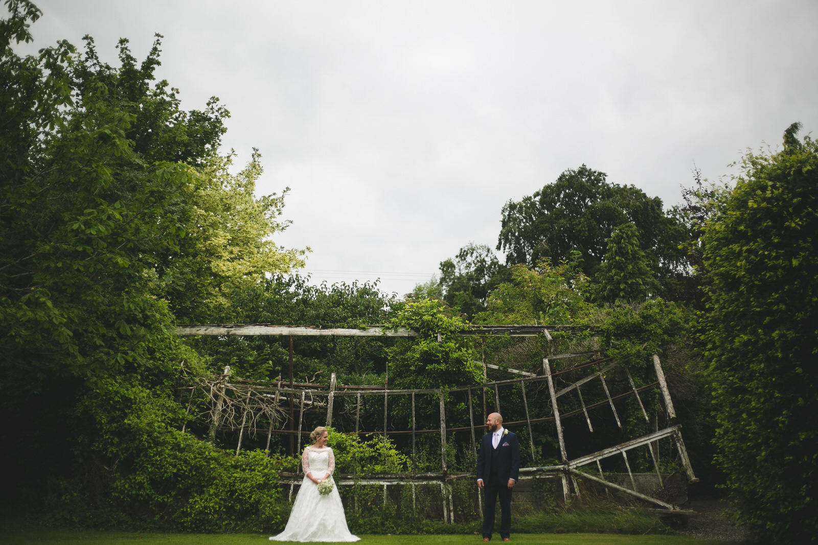 Wild Things Wed - Creative & Natural wedding photography based in Dublin, Ireland