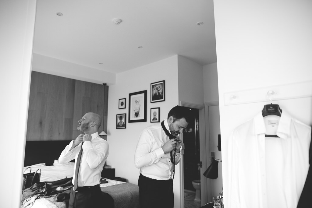 Groom prep on the wedding morning